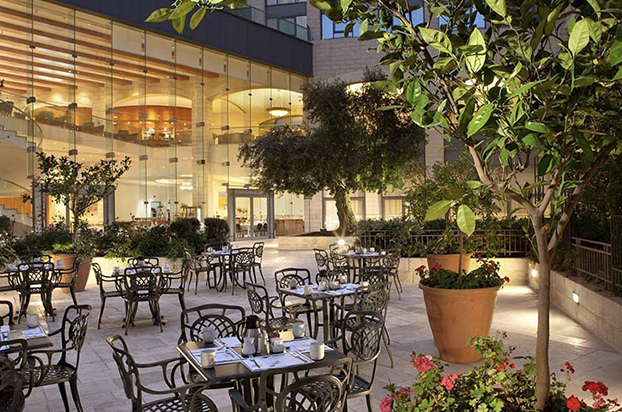 Hotels-04-Grand Court-03