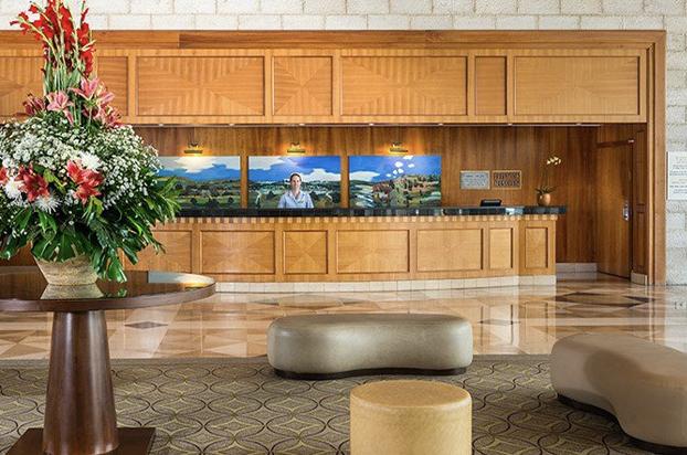 Hotels-04-Grand Court-04