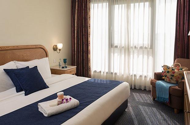 Hotels-04-Grand Court-05